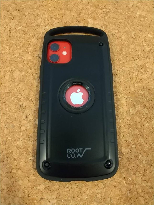 ROOT CO.ブラック×iPhone11レッド